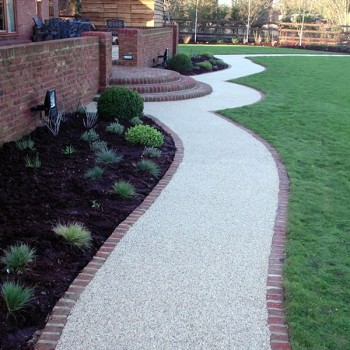 Resin Bound Permeable pathways, natural aggregate